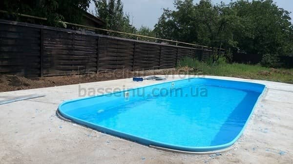 Купить бассейн из полипропилена Киев.